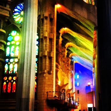 sagrada familia colour