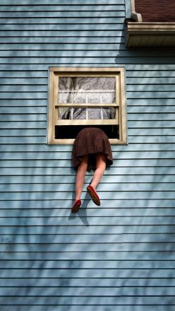 climb out the window